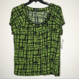 Apt 9 green and black crosshatch top.